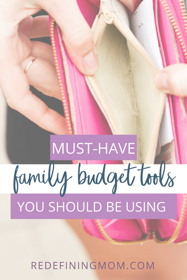 With these family budget tools, you can easily create and manage a household budget. Effectively taking control of your money and your life. Use these tools and apps to keep your finances under control.
